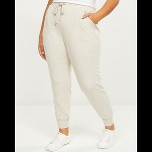 LiVi Lane Bryant heathered tan crop joggers 22/24